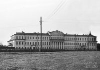 Здание мужской гимназии