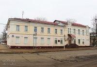Здание гостиницы, в которой в 1918-1920 гг. жил выдающийся советский государственный деятель Подвойский Николай Ильич, в 1926 году останавливался нарком просвещения Луначарский Анатолий Васильевич