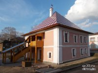 Здание палат подворья Кирилло-Новоезерского монастыря
