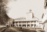 Симоновский корпус  с церковью Рождества Христова